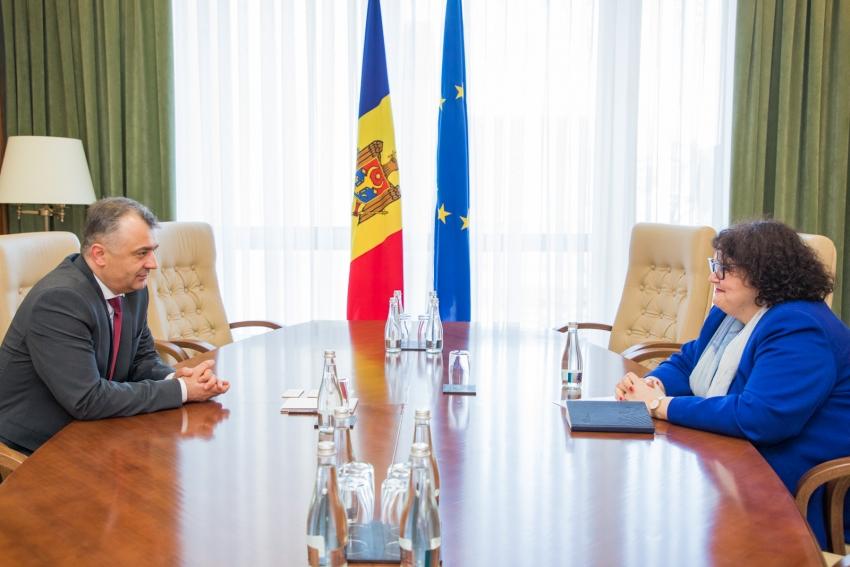 PREMIERUL ION CHICU S-A INTILNIT CU ANNA AKHALKATSI, DIRECTORUL BIROULUI BANCII MONDIALE IN MOLDOVA