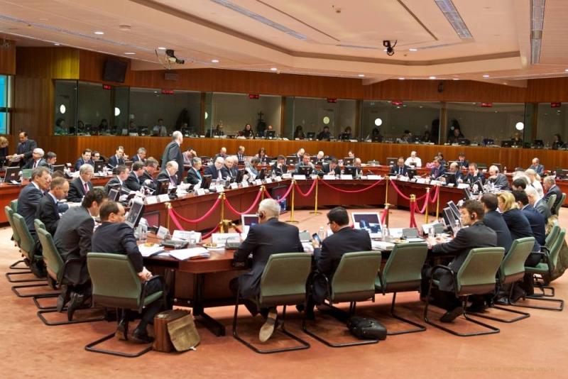 DEZBATEREA CARE POATE DIVIZA EUROPA INCEPIND DIN LUNA MAI