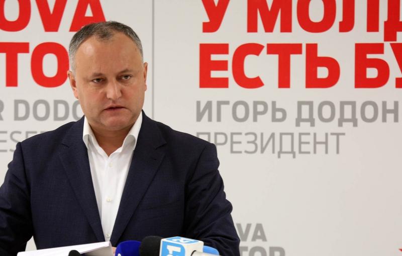 Dodon a semnat public angajamentul de a nu colabora cu Plahotniuc si cu partidele-marionete ale acestuia