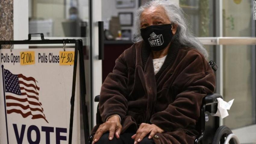 O americanca de 94 de ani a parcurs 1.000 de kilometri pentru a vota la alegerile prezidentiale