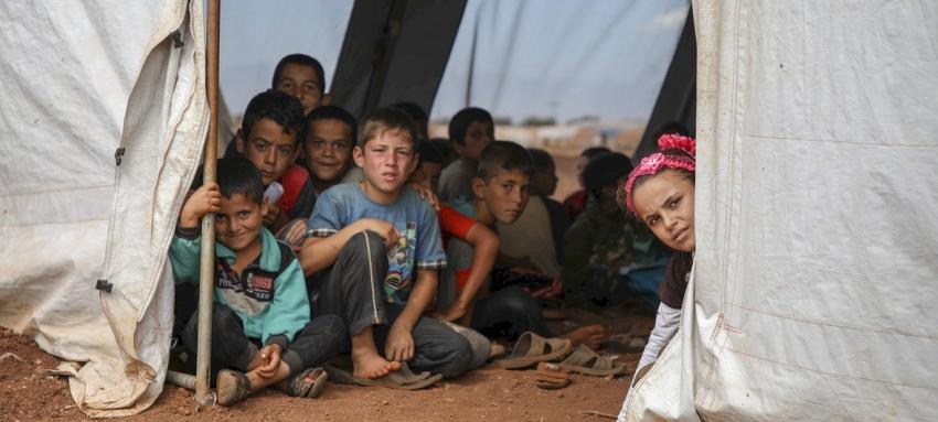 Tinerii din lumea araba sunt cei mai afectati de saracie si violente