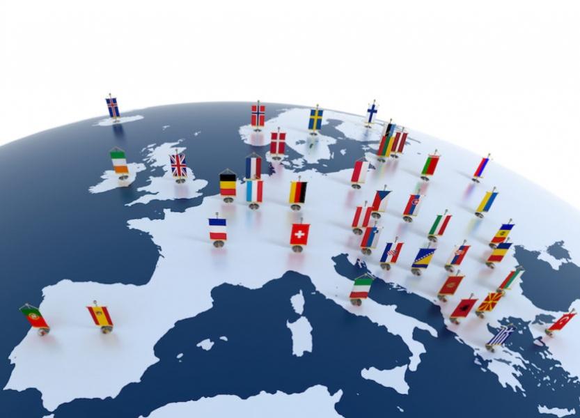 Raport CE: Autoritatile nationale trebuie sa tina seama de dispozitiile Cartei drepturilor fundamentale a UE
