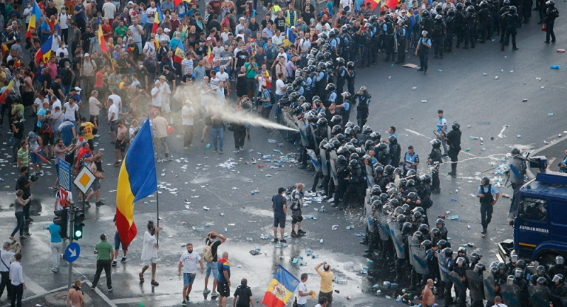 "Washington Post si The Economist, despre Romania: ""Inca un pas spre erodarea democratiei"""
