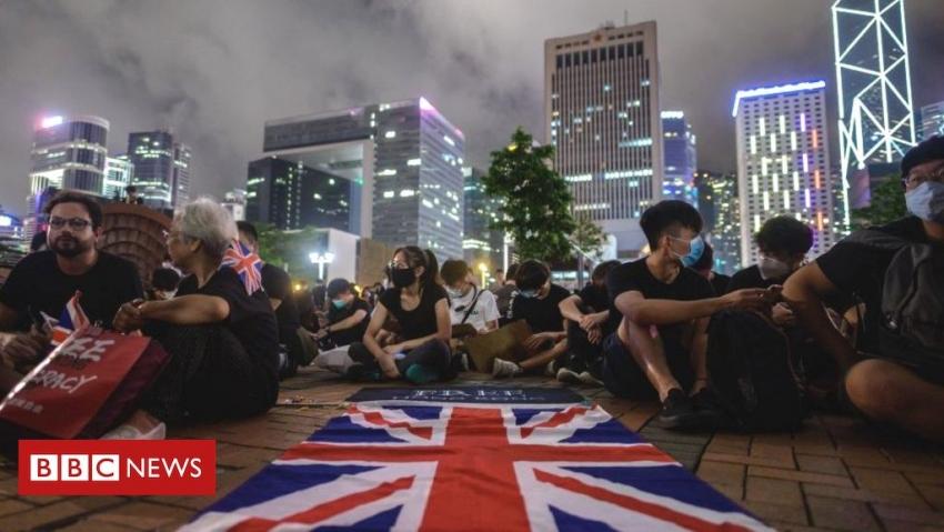 """Londra ii avertizeaza pe chinezi: Nu distrugeti """"bijuteria Hong Kong""""!"""