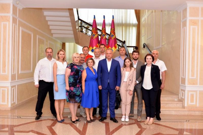 IGOR DODON, PRESEDINTELE REPUBLICII MOLDOVA S-A INTILNIT CU MEMBRII DIASPOREI NOASTRE DIN FEDERATIA RUSA