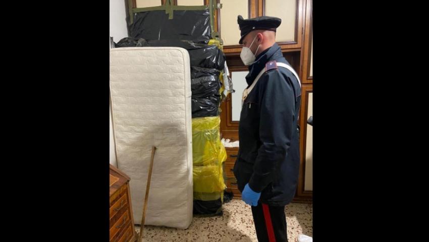 Un italian si-a zidit mama moarta intr-un dulap pentru a continua sa-i incaseze pensia