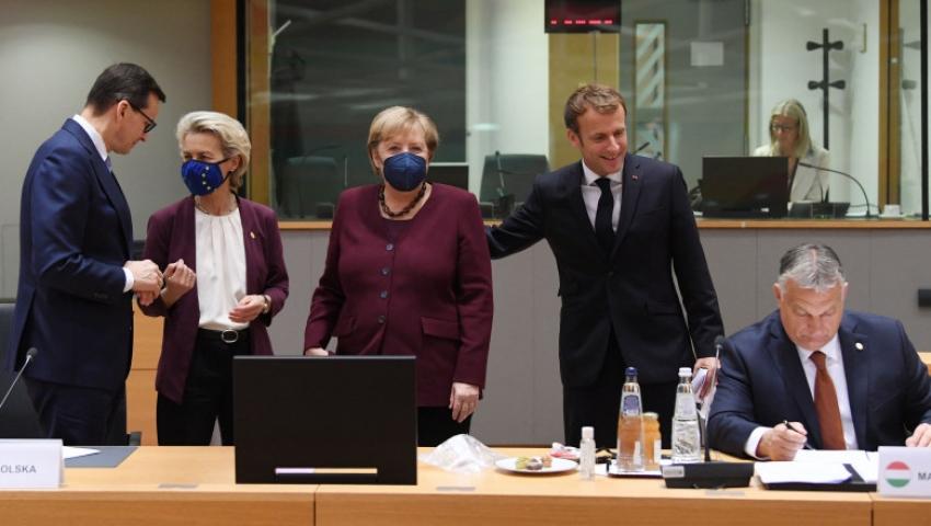 """Concluziile Consiliului European: Multe probleme, putine solutii gasite. Statele UE trebuie sa rezolve """"pe cont propriu"""" criza energiei"""