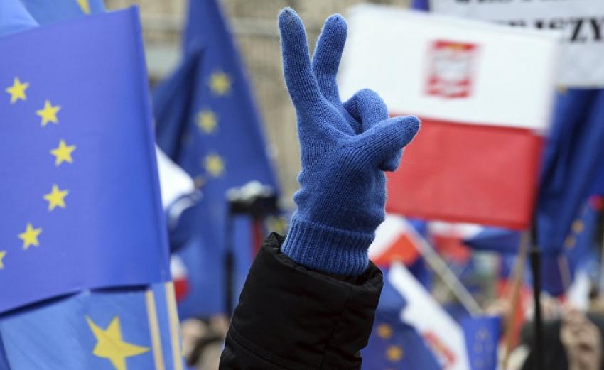 ВОСТОЧНЫЕ ЕВРОПЕЙЦЫ ВСТУПИЛИ В ЕС НЕ ДЛЯ ТОГО, ЧТОБЫ СМЕНИТЬ МОСКОВСКОЕ ГОСПОДСТВО НА БРЮССЕЛЬСКОЕ