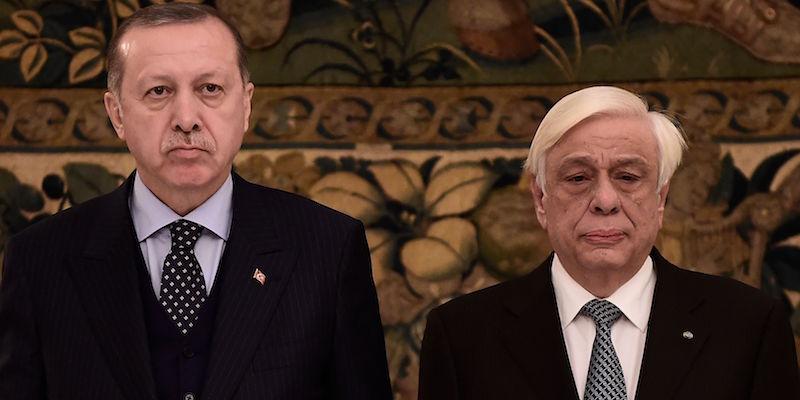 Razboi total intre Grecia si Turcia cu spioni, ostatici, pucisti, ciocniri in aer si amenintari