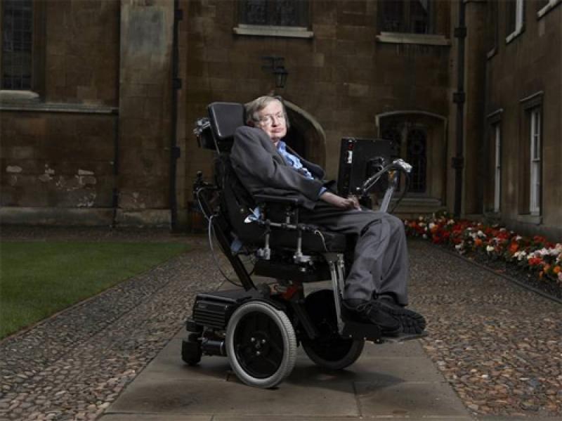 """Stephen Hawking: """"Am sti tot ce ar sti Dumnezeu, daca ar exista unul, dar nu exista"""""""