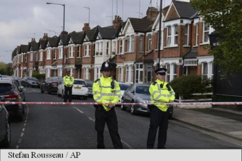 POLITIA BRITANICA RECUNOASTE CA SE CONFRUNTA CU O ACTIVITATE TERORISTA IN CRESTERE