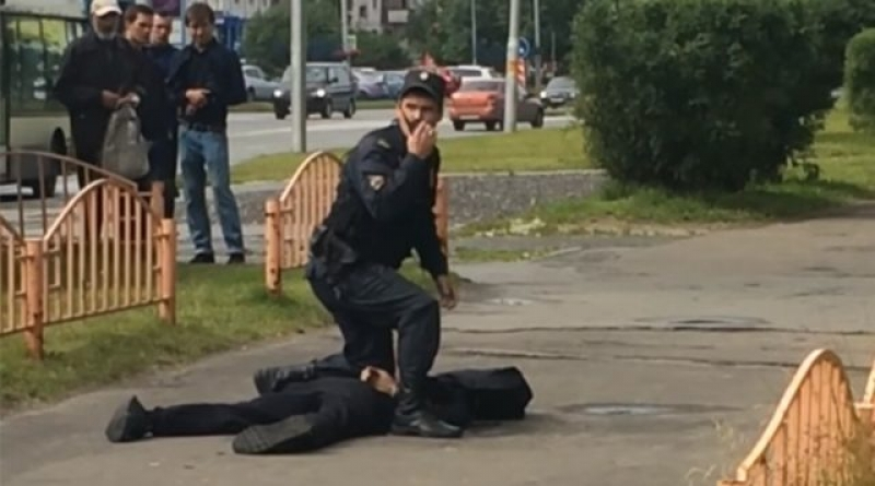 A fost impuscat un atacator cu cutitul, in Rusia
