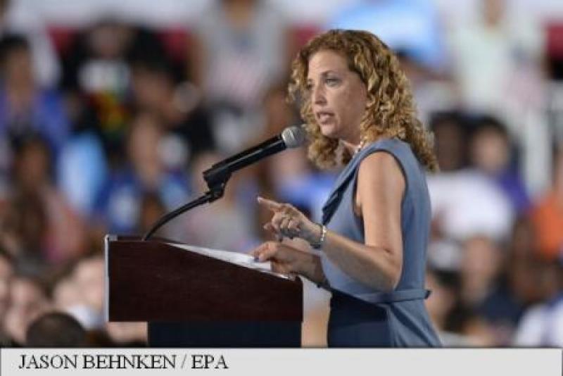 SUA: PRESEDINTA PARTIDULUI DEMOCRAT DEMISIONEAZA