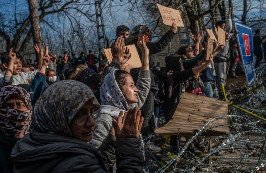 Grecia cere ajutorul UE pentru retrimiterea imediata in Turcia a circa 1.500 de migranti