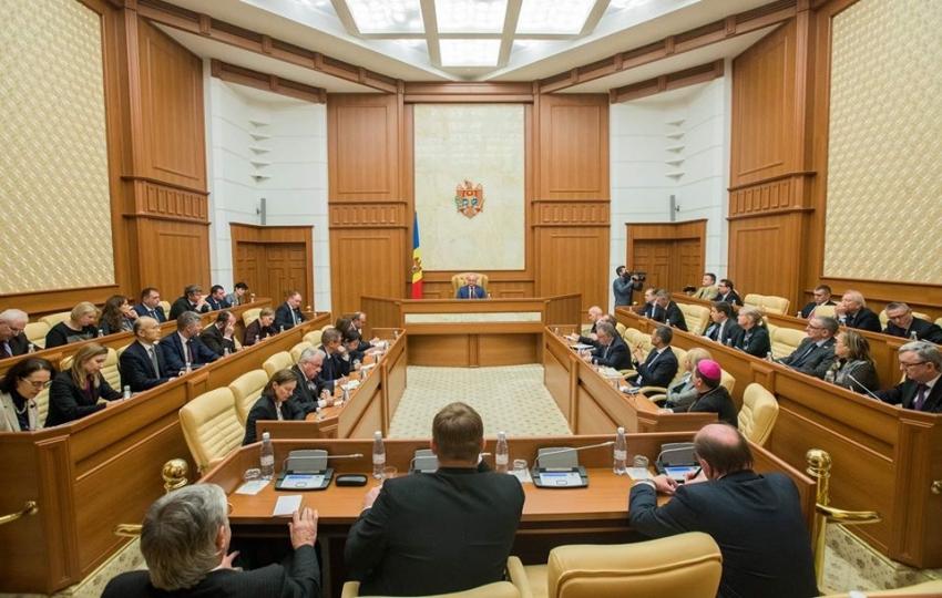 PRESEDINTELE IGOR DODON A AVUT O INTREVEDERE CU AMBASADORII ACREDITATI IN REPUBLICA MOLDOVA