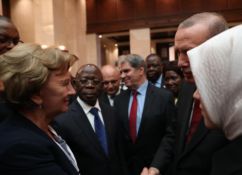 ZINAIDA GRECEANII A AVUT O INTREVEDERE CU RECEP TAYYIP ERDOGAN IN CADRUL CONGRESULUI PARTIDULUI JUSTITIE SI DEZVOLTARE DIN TURCIA