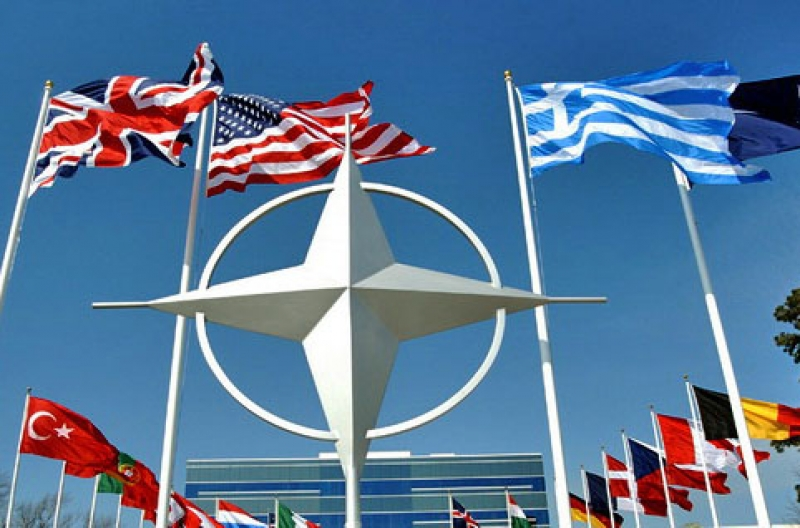 NATO SE REUNESTE MARTI LA CEREREA TURCIEI