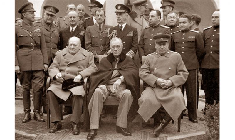 Imagini pentru ziua victoriei 9 mai 1945