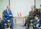 PRESEDINTELE R. MOLDOVA A AVUT O INTREVEDERE CU PRIM-MINISTRUL R. SINGAPORE