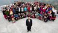 Rusine si umilinta totala: Ziona Chana, barbatul cu 39 de sotii, 94 de copii si 33 de nepoți