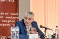 """SLUSARI: LEGEA PRIVIND PIATA PRODUSELOR PETROLIERE A FOST """"LOBATA"""" DE PETROLISTI"""