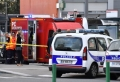 Atac la Lyon. Un refugiat a ucis un om si a ranit 8, cu un cutit si o tepusa de rotisor