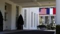 Administratia Trump anunta represalii impotriva Frantei dupa adoptarea unei taxe pe serviciile digitale, dar le suspenda