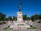 IGOR DODON A DEPUS FLORI LA MONUMENTUL LUI STEFAN CEL MARE SI SFINT CU PRILEJUL A 514 ANI DE LA MOARTEA MARELUI DOMNITOR