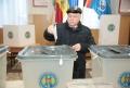 OLEG LIPSKII, PRIMUL DINTRE CANDIDATII SOCIALISTI DIN CHISINAU CARE A VOTAT