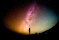 De ce pare atît de întunecat spațiul cosmic?