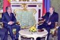 ANALIZA DURERII: BLESTEMELE ROMÂNILOR, FANTOMELE TRECUTULUI ŞI MOLDOVEANUL ROMAN MIHĂEŞ