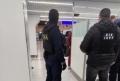 15 ANGAJATI AI POLITIEI DE FRONTIERA SINT CERCETATI PENTRU PRETINDERE DE MITA LA AEROPORT