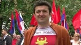 FOAIE VERDE-N APĂ CHIOARĂ, COMUNISMU-I DE OCARĂ!