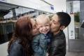 Dementa Corectitudinii Politice: In Franta se va permite procreatia asistata medical pentru cuplurile de lesbiene, iar copiii vor putea avea pe certificatul de naștere DOUA MAME!