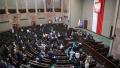 Parlamentul polonez a adoptat, dupa dezbateri aprinse, o lege controversata care interzice cresterea animalelor pentru blana