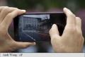 Un oras american a interzis consultarea telefoanelor mobile in timpul traversarii strazilor