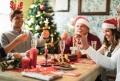 Guvernul spaniol va propune sarbatori diferite: 6 persoane la cina si petreceri de serviciu in exterior