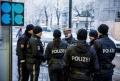 """Cel putin un mort in urma unui atac armat in centrul Vienei. Politia evoca un """"act criminal"""""""