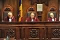 CC A PRONUNTAT HOTARIREA PRIVIND INTERPRETAREA CONSTITUTIEI IN CAZUL DEMISIEI PREMIERULUI