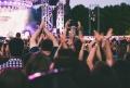 Franta va organiza concerte de proba, pentru a testa raspindirea coronavirusului in aglomerarile de oameni