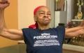 O bunicuta de 82 de ani din New York l-a snopit in bataie pe un smecher de 28 de ani care i-a spart casa