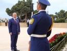 IGOR DODON, PRESEDINTELE REPUBLICII MOLDOVA A DEPUS FLORI LA MORMINTUL ILUSTRULUI DEMNITAR SOVIETIC SI AZER, GEYDAR ALIYEV