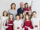 PESTE 200 DE COPII DIN TOATA TARA AU VIZITAT SEDIUL PRESEDINTIEI REPUBLICII MOLDOVA