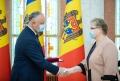 IGOR DODON A INMINAT INALTE DISTINCTII DE STAT UNOR CETATENI AI REPUBLICII MOLDOVA