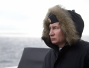 Putin a salutat lansarea construirii a sase noi nave de razboi la trei santiere navale rusesti