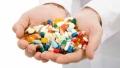 Peste cel putin o luna si jumatate, ne putem imbolnavi fara griji, chiar cu placere – suntem asigurati ca preturile la medicamente vor scadea