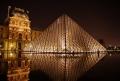 Tinerii din Franta vor fi ajutati de Guvern cu suma de 300 de euro pentru activitati culturale