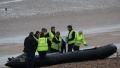 Un numar record de migranti continua sa traverseze Canalul Minecii spre Regatul Unit