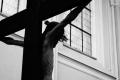 In Arabia Saudita, un barbat a fost crucificat pentru crima si furt