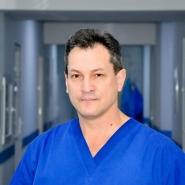 Profesionistii: Dr. in stiinte medicale, conferentiar universitar Gheorghe Strajescu, la aniversare!